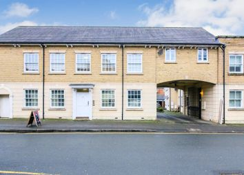 Little Church Street, Town Centre, Rugby CV21. 2 bed flat for sale