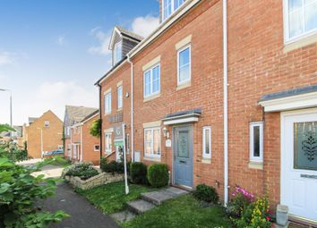Thumbnail 4 bed town house to rent in Moat Farm Close, Marston Moretaine, Bedford