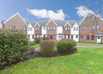 Thumbnail 2 bed flat for sale in Giles Gate, Great Missenden