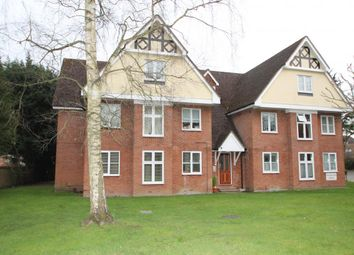 Thumbnail 1 bed flat to rent in Rectory Road, Wokingham