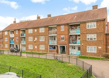 Thumbnail 2 bed flat for sale in Bryden Close, London