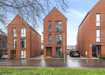 3 bed detached house for sale in Chaucer Gardens, Coulsdon CR5