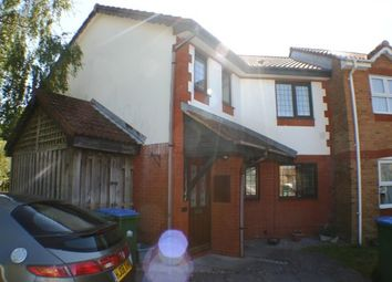 2 bed maisonette to rent in Hulton Close, Southampton SO19
