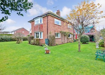 3 bed detached house for sale in Pulens Lane, Petersfield, Hampshire GU31