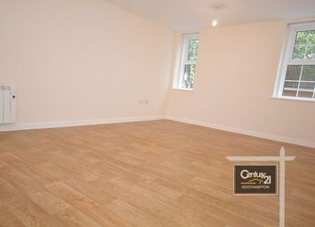 Thumbnail 2 bedroom flat to rent in |Ref:Cp-F6|, Capella House, Cook Street, Southampton, Hampshire