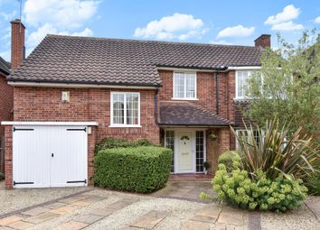 Thumbnail 3 bed detached house for sale in Sutton Avenue, Langley