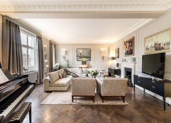 2 bed flat for sale in Mansfield Street, London W1G