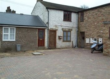 Thumbnail 1 bed flat to rent in High Street, Somersham, Huntingdon