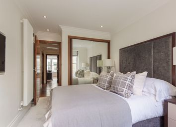 Thumbnail 2 bed flat to rent in Garden House, 86-92 Kensington, London
