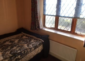 Thumbnail Room to rent in Beech Lane, Reading