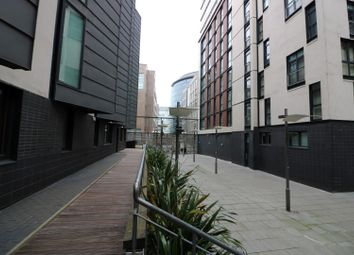 Thumbnail 1 bed flat for sale in Oswald Street, Glasgow