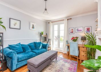 Green Lanes, Palmers Green N13. 1 bed flat
