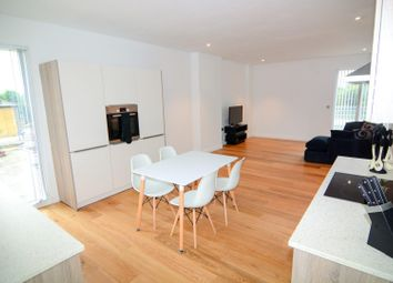 Thumbnail 4 bed flat to rent in Cambridge Avenue, London