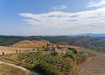 Thumbnail 6 bed country house for sale in Tcr-071 Villa Le Crete, Asciano, Siena, Tuscany, Italy