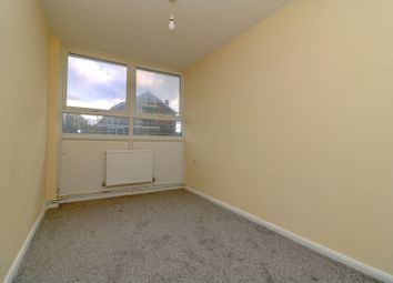 3 bed flat to rent in Brookfields Avenue, Mitcham CR4