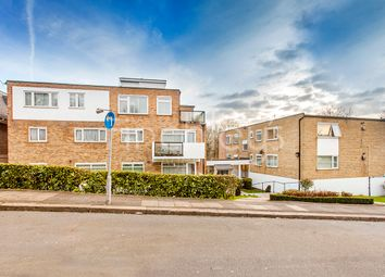 2 bed flat for sale in Sunrise View, The Rise, London NW7