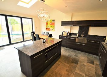 Thumbnail 4 bed detached house to rent in Hyde Close, Oadby, Leicester