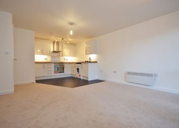 Thumbnail 2 bedroom detached house to rent in Goodes Court, Royston, Herts