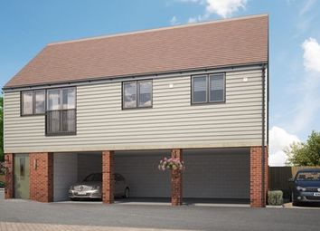 Thumbnail 2 bed maisonette for sale in Pilots View, Chatham, Kent