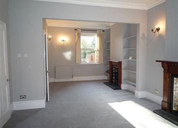 Thumbnail 2 bed property to rent in Hemdean Hill, Caversham, Reading, Berkshire