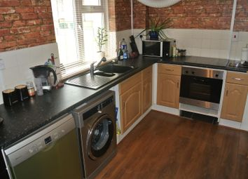 Thumbnail 2 bed flat to rent in Bushberry Avenue, Coventry