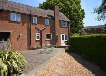 Thumbnail 2 bed maisonette to rent in Blackhorse Crescent, Amersham