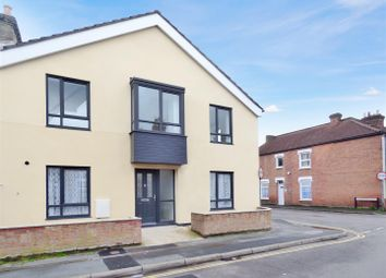 Thumbnail 2 Bed Property For In Queens Road Gosport