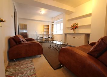 Thumbnail 2 bed flat to rent in Bethnal Green Road, Bethnal Green, London
