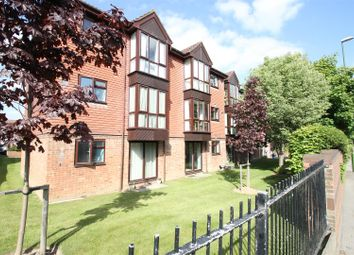 Thumbnail 1 bedroom flat for sale in Tanyard Close, Horsham