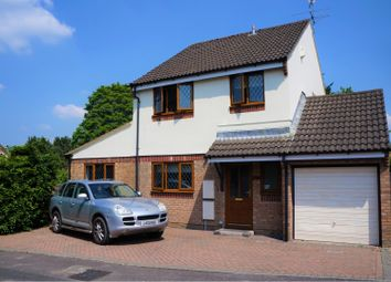 Thumbnail 5 bed detached house for sale in Pine Tree Rise, Swindon