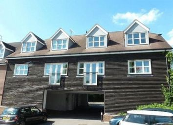 Thumbnail 1 bed flat to rent in Brookhill Road, Copthorne, Crawley