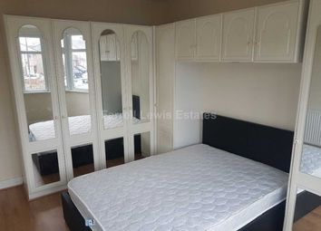 Thumbnail 2 bed flat to rent in Stanley Avenue, Perivale