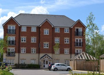 2 bed flat to rent in Astley Brook Close, Bolton BL1