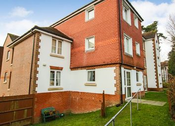 Thumbnail 2 bed flat to rent in Fairfield Road, East Grinstead West Sussex