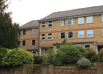 Thumbnail 2 bed flat for sale in Lincoln Court, Berkhamsted