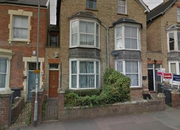 Thumbnail 1 bed flat to rent in Cheddon Road, Taunton