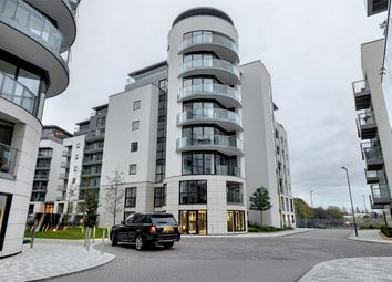 Thumbnail 2 bed flat for sale in Masson House, Pump House Crescent, Kew Bridge