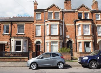 Thumbnail 4 bed property for sale in Harcourt Street, Newark