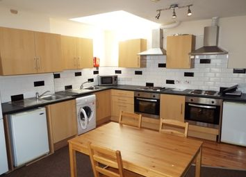 Thumbnail 8 bed flat to rent in 7 Bed, Burns St