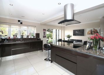 Thumbnail 6 bed detached house for sale in Fallow Fields, Loughton