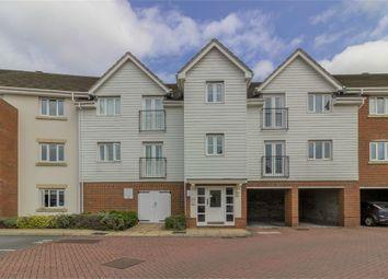 Thumbnail 2 bedroom flat for sale in Sherwood Avenue, Larkfield, Aylesford, Kent