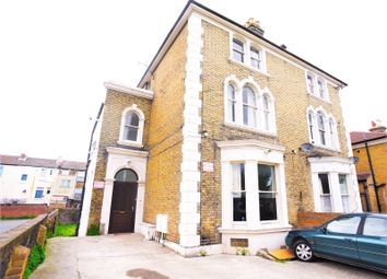 Thumbnail 1 bed flat to rent in The Grove, Gravesend, Kent