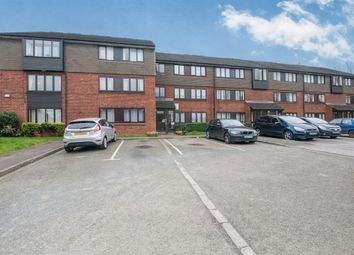 Thumbnail 2 bedroom flat for sale in Norden Road, Maidenhead