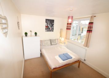 Thumbnail Room to rent in Hemming Street, Whitechapel