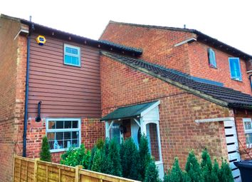 2 bed end terrace house to rent in Spoondell, Dunstable LU6