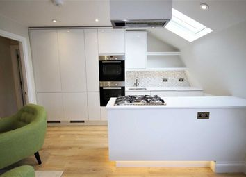 Thumbnail Studio to rent in Clifton Hill, London