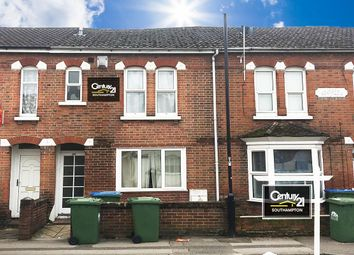 4 bed terraced house to rent in Milton Road, Southampton SO15