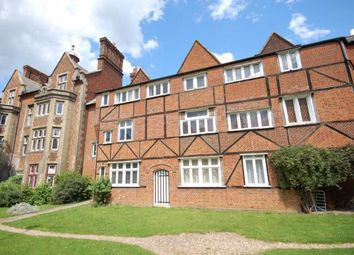 Thumbnail Studio to rent in Buckingham Court, The Close, Dunmow