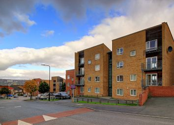 Thumbnail 3 bed flat for sale in Park Grange Mount, Sheffield