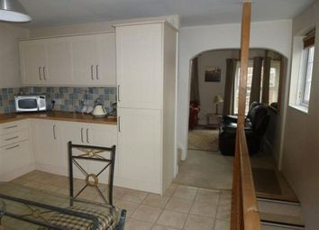 Thumbnail 2 bedroom flat to rent in Cross Street, Cowes